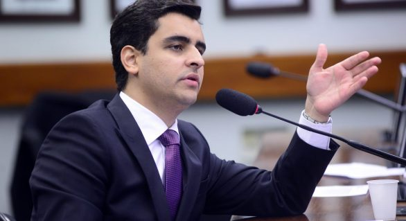 """3a via? JHC anuncia a construção da """"nova força"""" na política de Alagoas"""