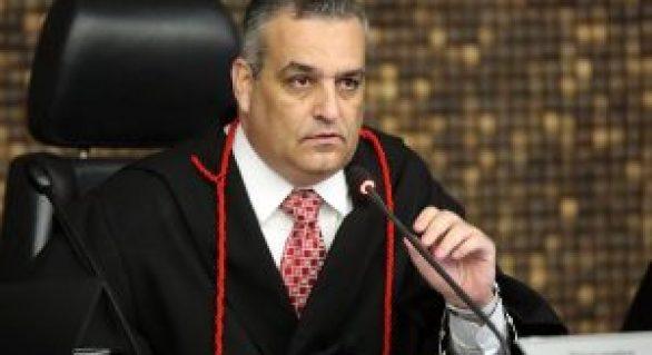 MPE/AL denuncia prefeito de Maribondo por agressões físicas contra a ex-esposa e a sogra