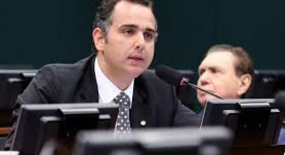 'Não me sinto pressionado', diz presidente da CCJ sobre escolha de relator