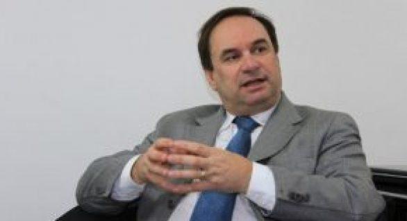 Luciano Barbosa torce para Rogério Teófilo acertar em Arapiraca