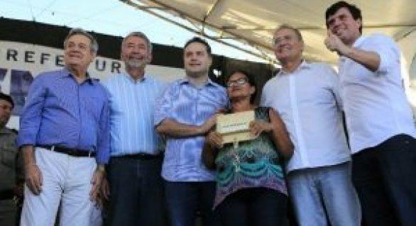 """Renan, Lessa, Paulão e RF formam """"palanque"""" no interior"""
