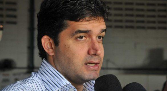 """Rui Palmeira engrossa o tom e acusa Temer de fazer """"teatro"""" em visita a Maceió"""