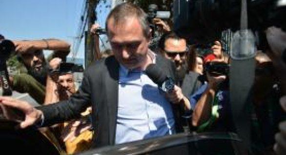 Joesley Batista deixa a PF em Brasília e é conduzido a São Paulo