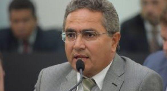Chico Tenório faz apelo a ministro para que AL não seja prejudicada por divergência entre Renan e Temer