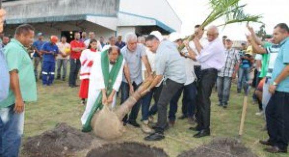 Usina Pindorama inicia moagem com celebração religiosa