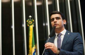 Surge o adversário de RF nas eleições de 2018: JHC topa disputar o governo