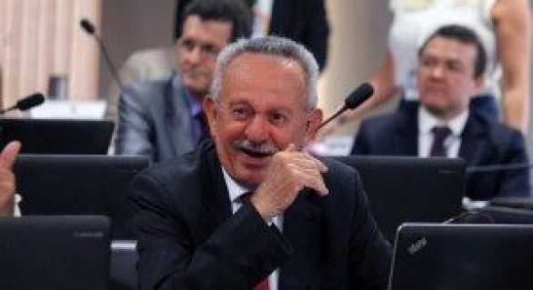 Biu consegue aprovar projeto e Codevasf vai atender 82 municípios de Alagoas