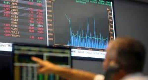 Delações da JBS influenciam mercado financeiro; dólar cai e bolsa sobe