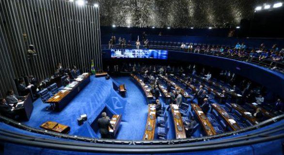 Congresso terá semana com foco em denúncia contra Temer e retorno de Aécio