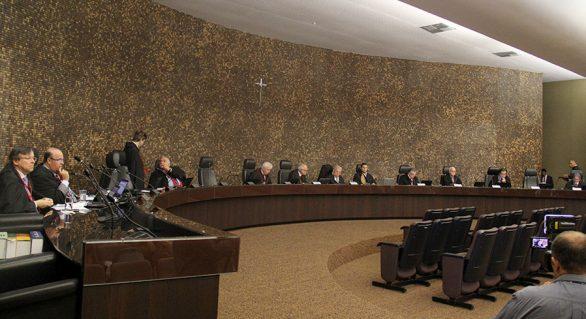 Pleno do TJ tem ação penal contra João Beltrão nesta terça (17)