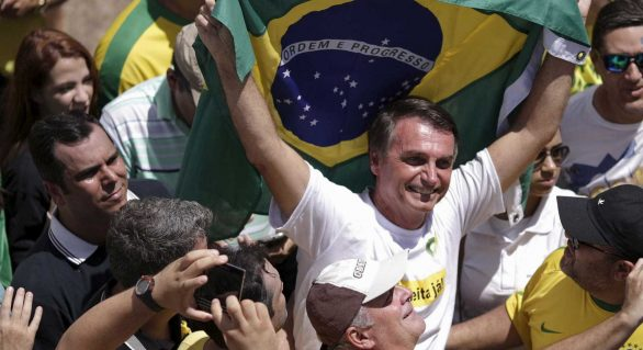 Mercado financeiro pode apoiar Bolsonaro para barrar Lula, diz jornal