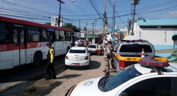 Transporte clandestino é fiscalizado no Centro de Maceió