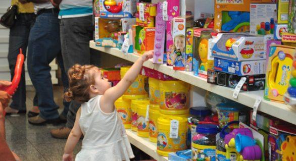 Dia da Criança deve movimentar R$ 8,8 bilhões no comércio nacional