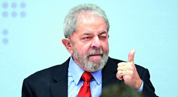 Lula vai a 35% e vence todos os adversários
