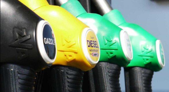 Petrobras anuncia queda na gasolina e no diesel