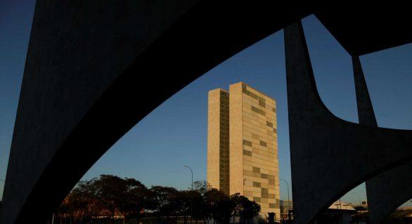 78% dos brasileiros acham que corrupção cresceu nos últimos 12 meses