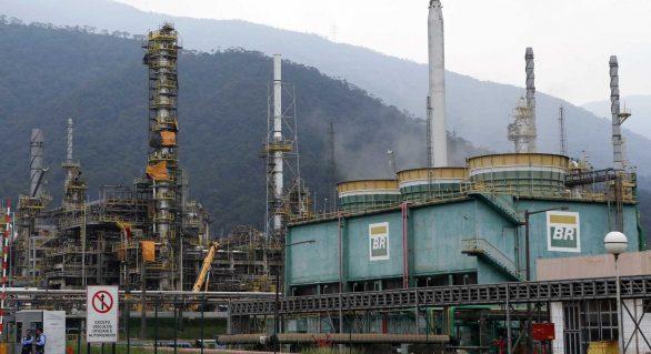 Ministro admite possibilidade de privatização da Petrobras no futuro