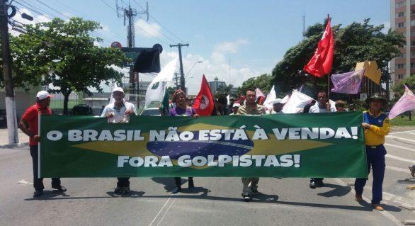 Em Maceió, movimentos sociais protestam contra medidas do Governo Temer