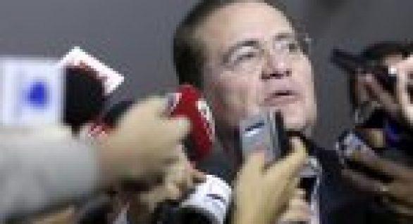Insistência em tirar Lula de eleição ajuda Bolsonaro, diz Renan