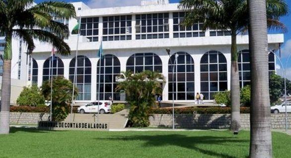 Contratos firmados entre prefeituras e escritórios de advocacia são irregulares e ilegais