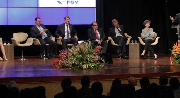Nomes de peso da economia brasileira elogiam ajuste fiscal de AL