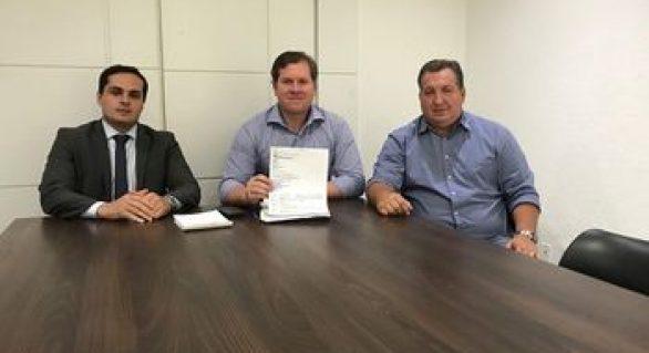 Marx Beltrão anuncia R$ 1 milhão para construção de ponte em Porto de Pedras