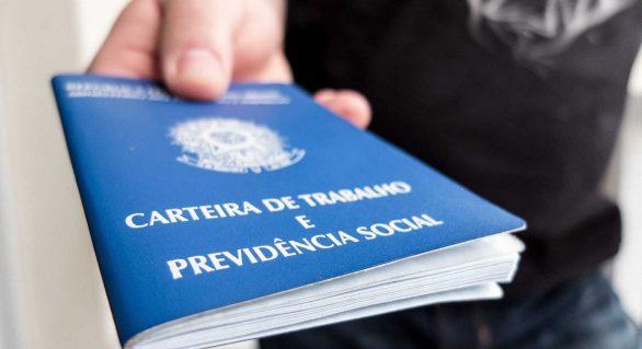 Quase 100% das vagas criadas no setor privado são informais, diz IBGE