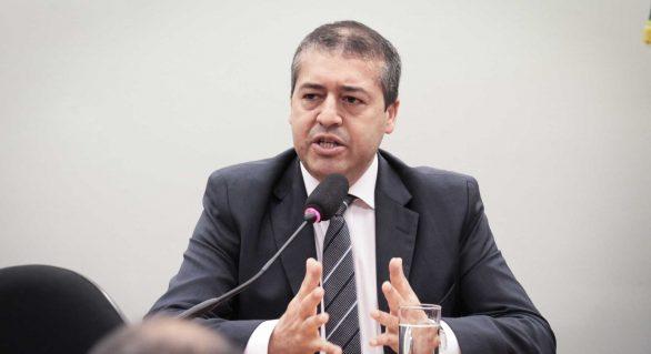 Ministro diz que reforma trabalhista pode tirar 45 mil da informalidade