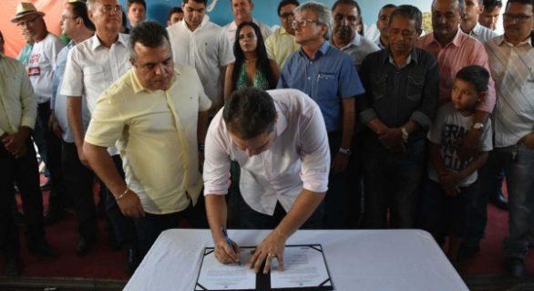 Governador inaugura reforma de escola indígena