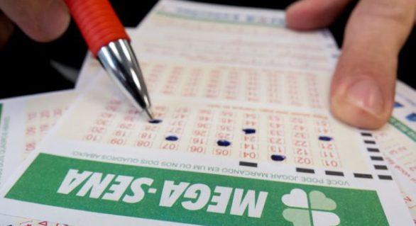 Mega-Sena acumula e próximo sorteio deve pagar R$ 65 milhões na quarta-feira (29)