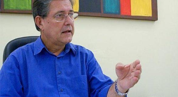 """Grupo dos """"5"""" anuncia chapa de federal com Régis, Rosinha, Val e Omar, entre outros"""