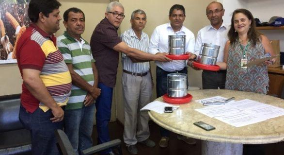 Secretaria de Agricultura entrega equipamentos para Quintais Produtivos