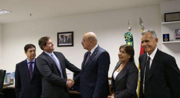 Marx Beltrão anuncia R$ 7,5 milhões para programa de doação de alimentos