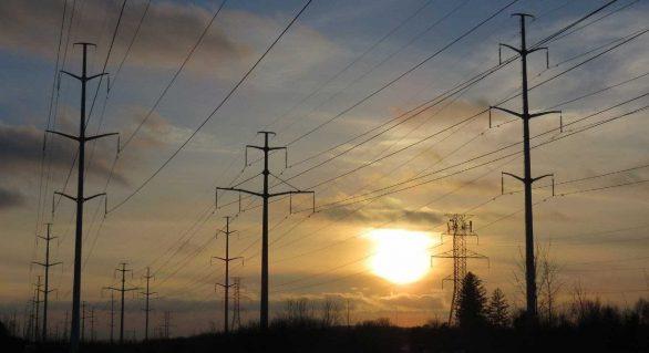 Aneel faz leilão de linhas de transmissão de energia nesta sexta