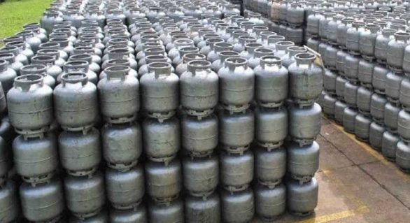 Pesquisa: aumento do gás de cozinha abala orçamento de 67% da população