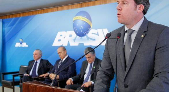 Marx Beltrão e Quintella empatam na margem de erro para o Senado