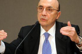 Meirelles admite que votação da reforma da Previdência deve ficar para 2018
