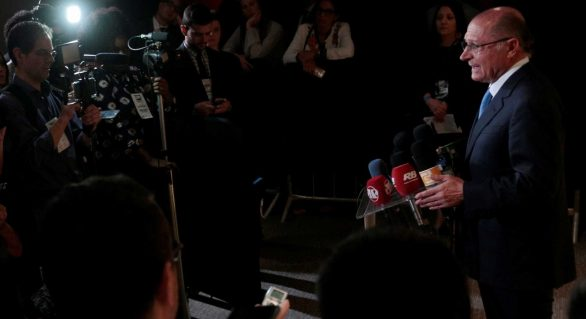 Alckmin diz que pressão do PSDB para que deslanche 'não tem sentido'