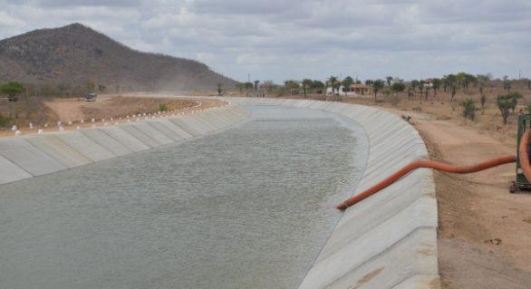 Em São José da Tapera, Canal do Sertão chega a 110 quilômetros