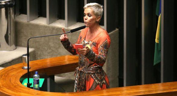 Após denúncias, Cristiane Brasil procura Temer para confirmar posse