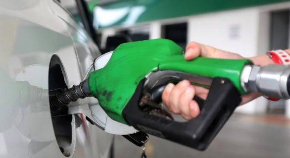 Petrobras reduzirá preços de diesel e gasolina nas refinarias a partir de terça-feira