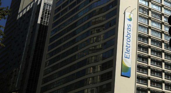 Temer assina projeto de lei para privatizar Eletrobras