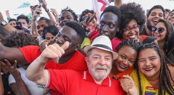 PT planeta protestos permanentes após condenação de Lula