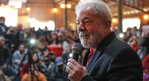 Pimenta: Qualquer decisão do TRF não impede candidatura de Lula
