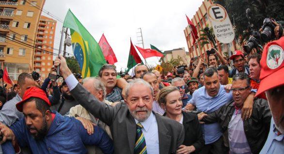 PT mobiliza alagoanos pelo direito de Lula ser candidato