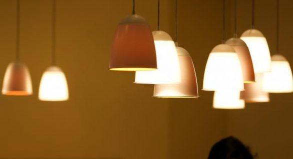 Tarifa branca pode baratear conta de luz a partir de hoje