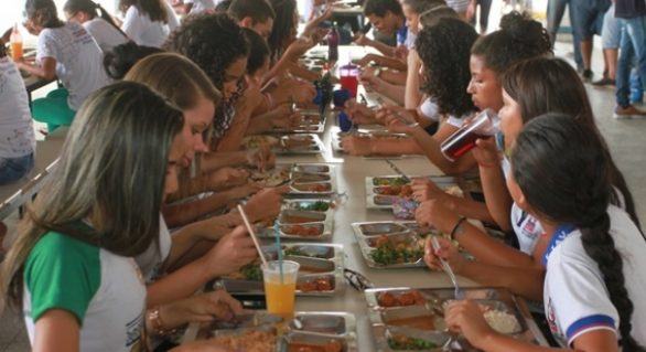 Governo investirá em agricultura familiar para alimentação em escolas
