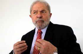 Lula presta depoimento sobre suposta mesada a irmão
