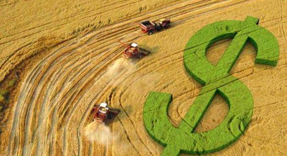 CNA debate financiamento no agronegócio com representantes do setor