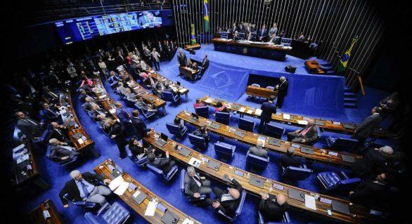 Câmara aprova decreto de intervenção no Rio; senadores votam medida nesta terça (20)
